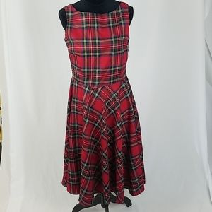 Queen of Holloway women L red plaid dress